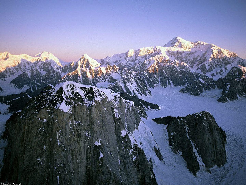 அழகு மலைகளின் காட்சிகள் சில.....01 - Page 39 AlaskanMonoliths