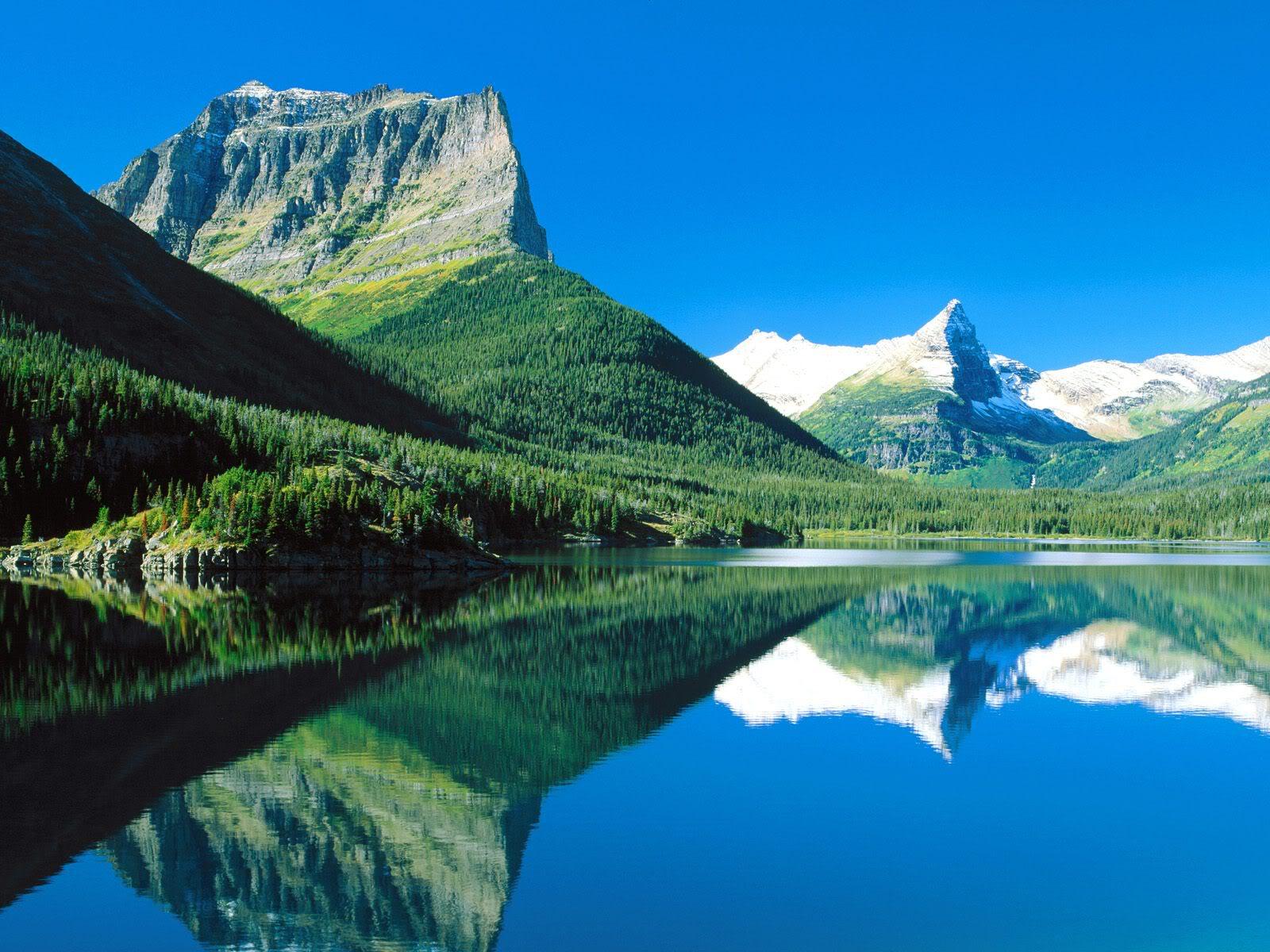 நான் ரசித்த இயற்கை காட்சில் சில உங்களுக்காக....2 - Page 2 MountainsMirroredSt