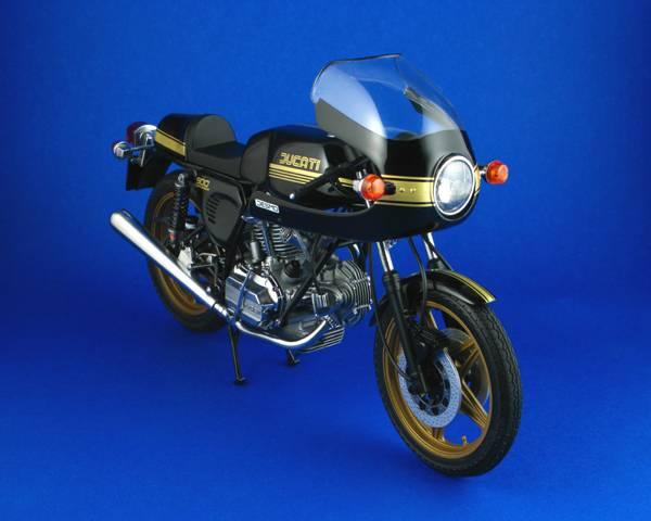 Ducatti 900SS Ducatti9003_zps4f6e0156