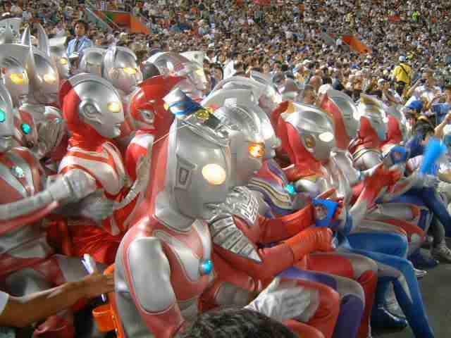 SEBAB UTAMA STADIUM SULTAN MIZAN RUNTUH Ultraman1