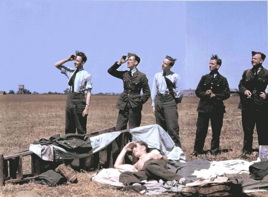 Fotogalerija Capa_Raf_Ground_Crew_1941