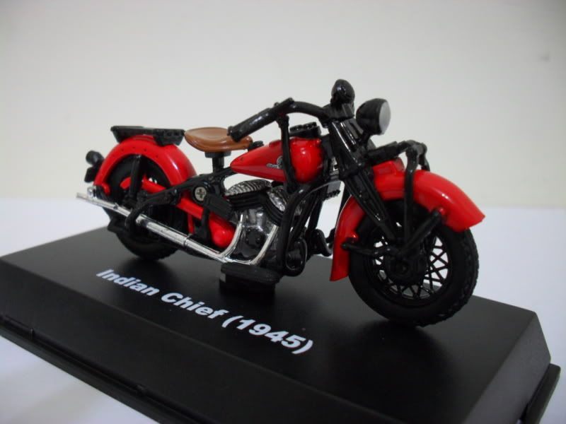 Diorama Indian motorcycle 1/32, moto pronta. SAM_2579