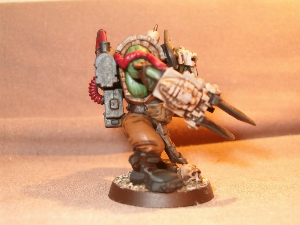 Inquisitor Orks - 40k Kill Team HPIM1562_zps7316a080