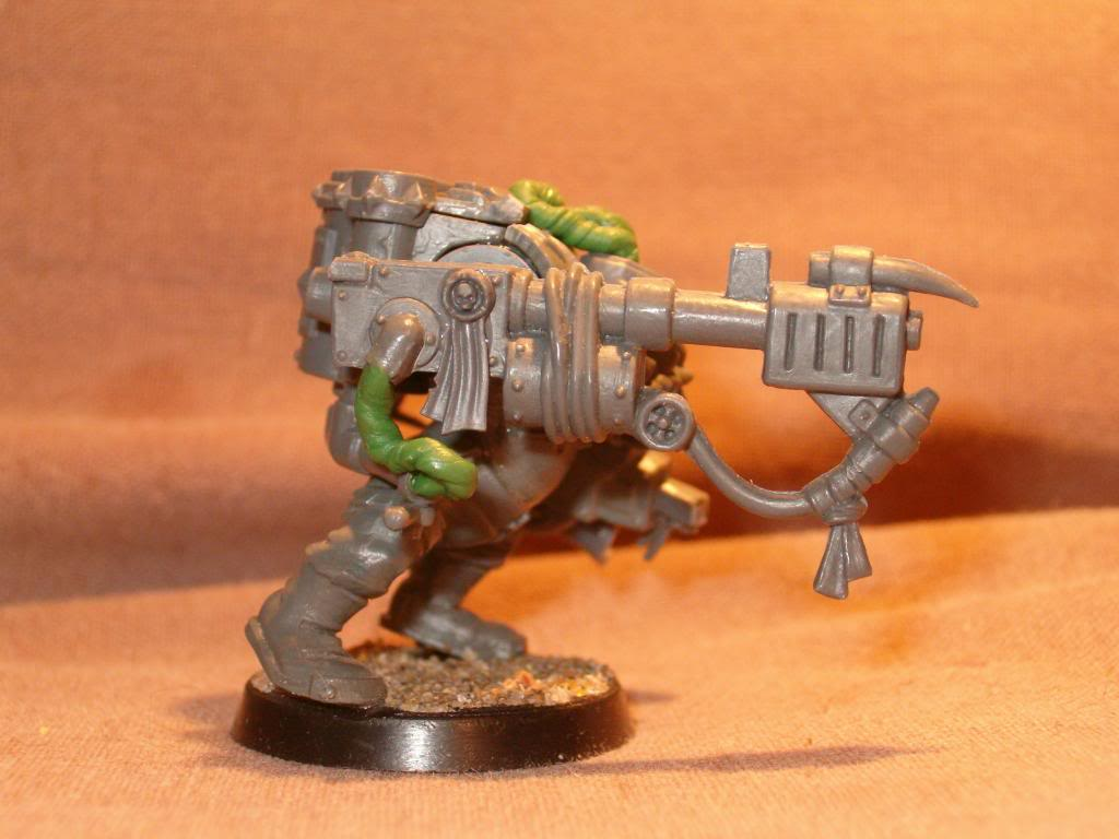 Inquisitor Orks - 40k Kill Team HPIM1547_zps6cf51c7e