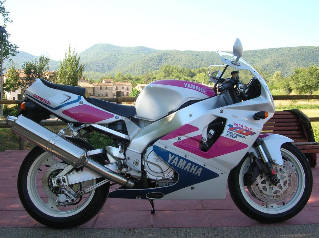 Otra compañera para las Suzuki DSCN4902_zpslpzoyw5p
