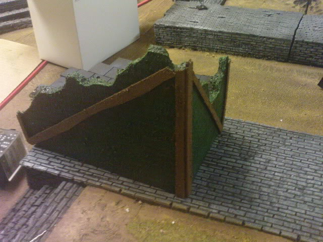 Goonstah's try for a mordheim table [picture heavy, WIP] DSC00065