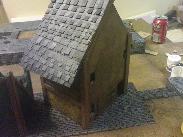 Goonstah's try for a mordheim table [picture heavy, WIP] DSC00067