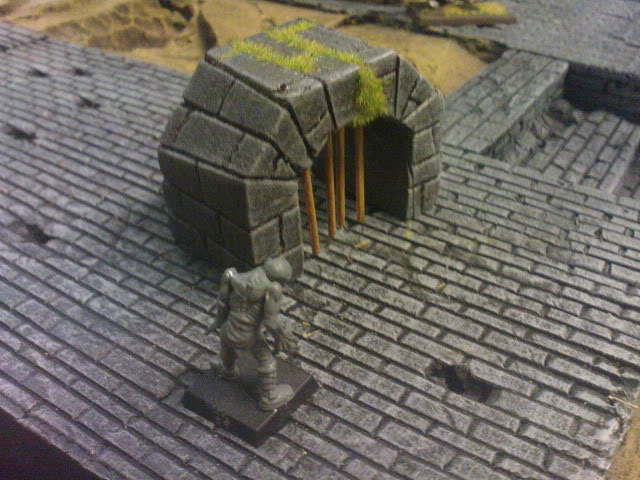 Goonstah's try for a mordheim table [picture heavy, WIP] DSC00069