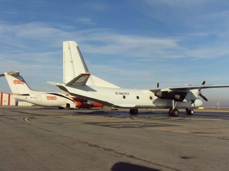 Aeroportul Timisoara (Traian Vuia)  - Ianuarie 2011 AN26HA-TCT1101183-1