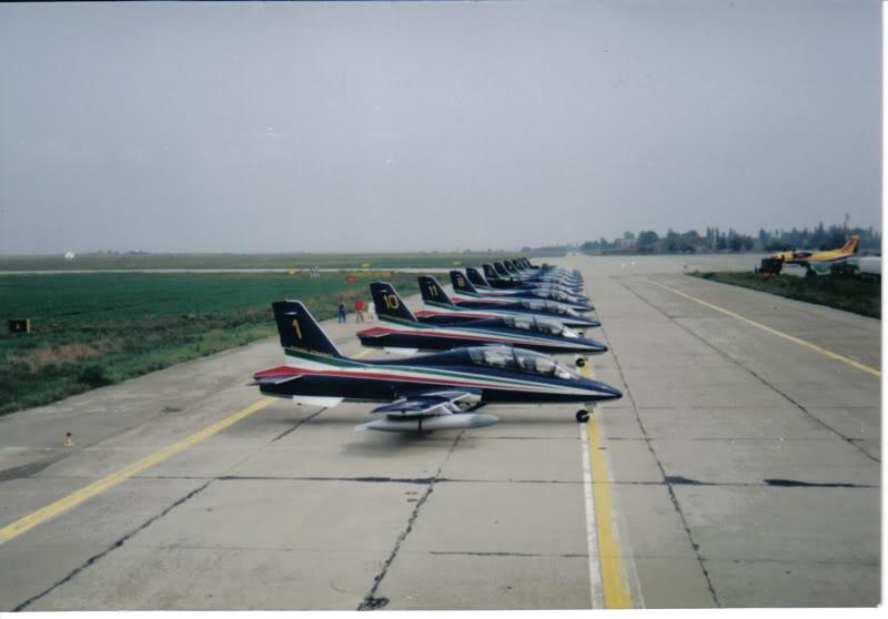 Aeroportul Timisoara (Traian Vuia) - 1990-2007 AeromacchiMB-339FrecceTricoloria-3