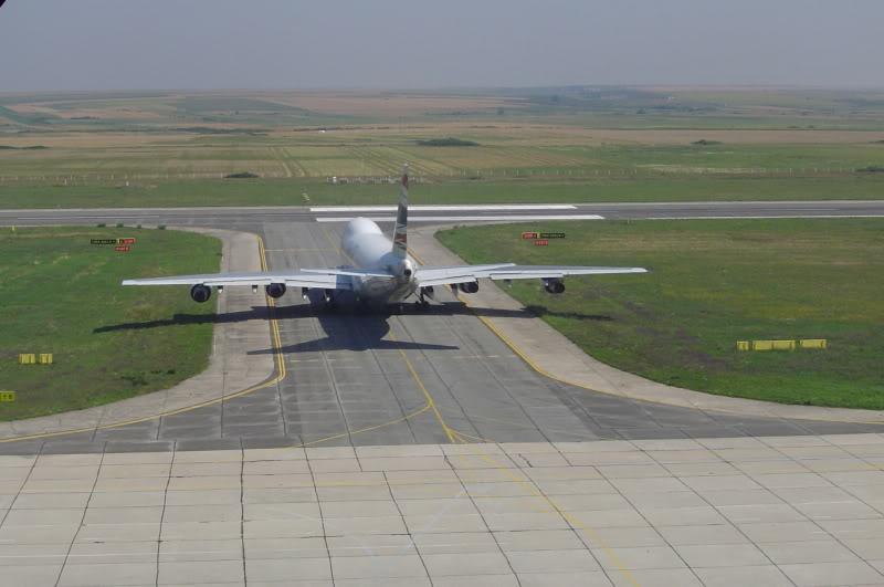 Aeroportul Timisoara (Traian Vuia) - 1990-2007 HS-UTIB747-246BOrientThaiAirlines8I