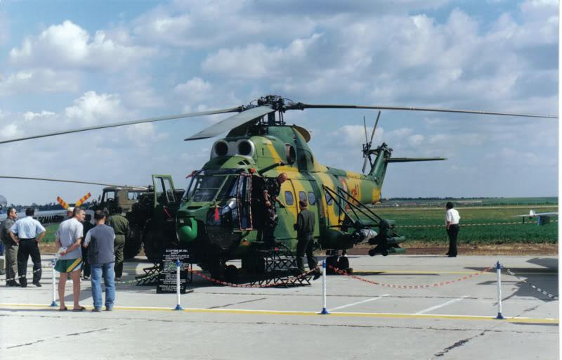 Aeroportul Timisoara (Traian Vuia) - 1990-2007 IAR-330PumaSocat18iunie2000