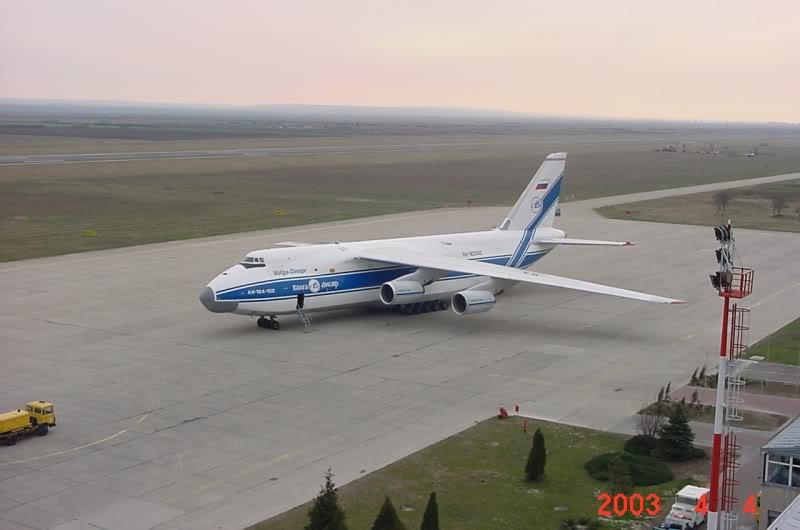 Aeroportul Timisoara (Traian Vuia) - 1990-2007 MVC-412F