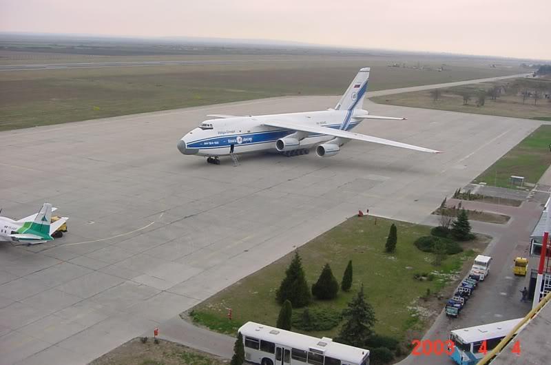 Aeroportul Timisoara (Traian Vuia) - 1990-2007 MVC-416F
