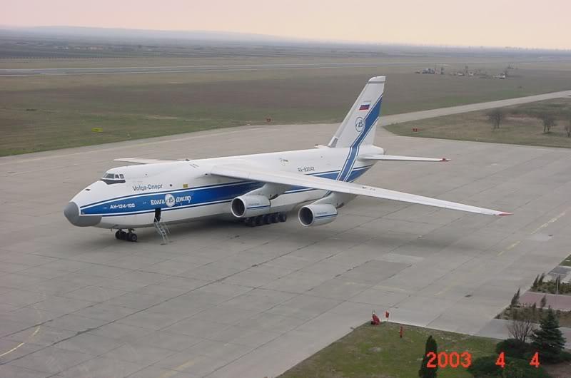 Aeroportul Timisoara (Traian Vuia) - 1990-2007 MVC-418F