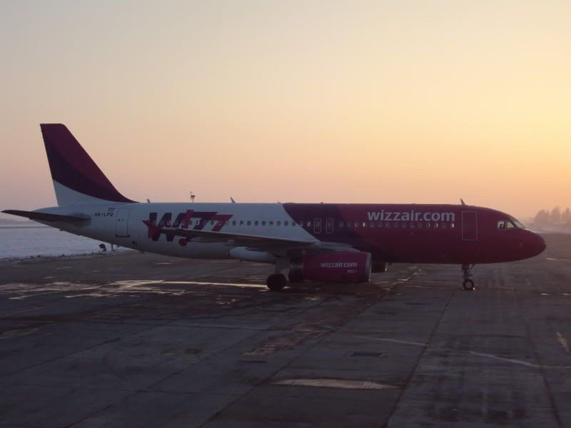 Aeroportul Timisoara (Traian Vuia)  - Ianuarie 2011 - Pagina 2 WZZHA-LPQDVTLRCLFG