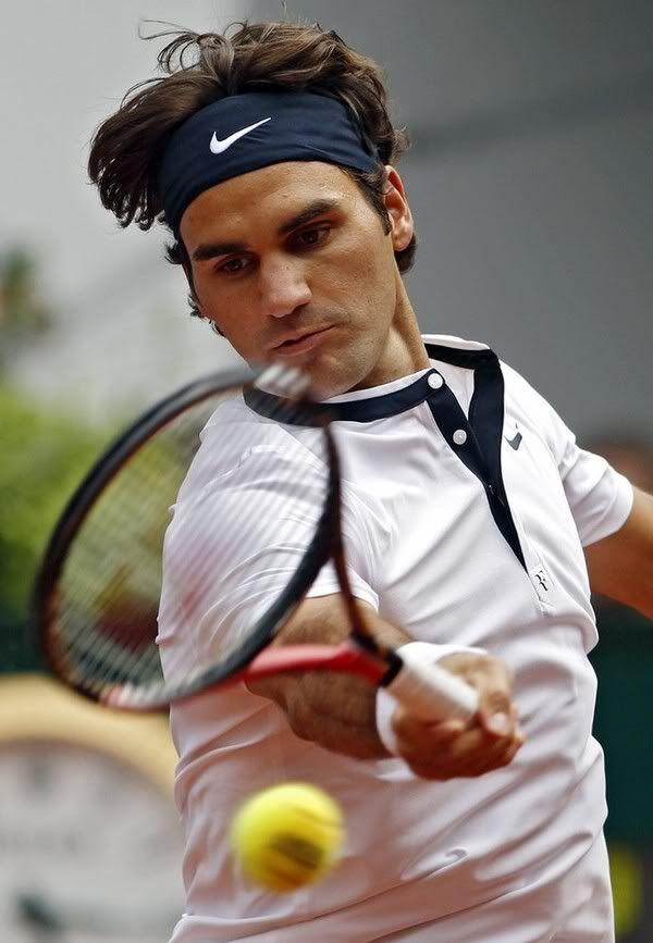 Roger jugando - Página 3 022459429