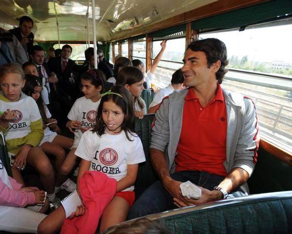 Roger y los niños 1005_estoril_joaolagossports_tra-1