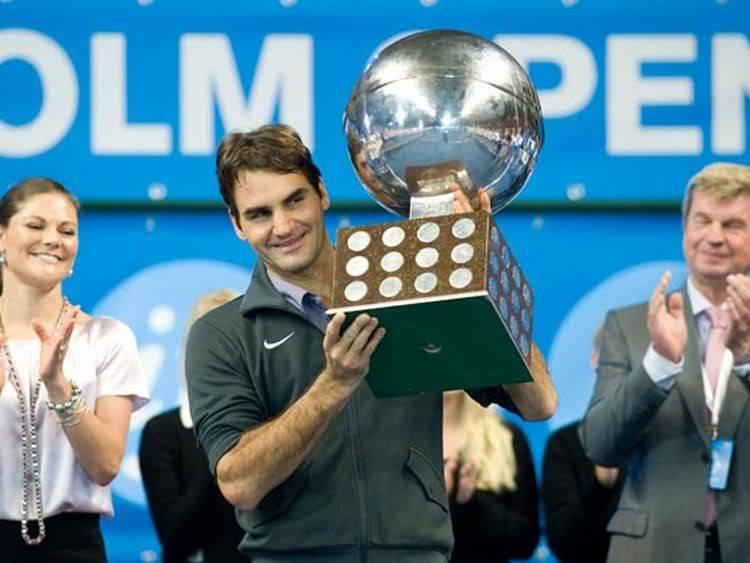Estocolmo del 18-24 de Octubre del 2010 - Página 4 IMPLACABLE-Federer-muestra-Suecia-AFP_CLAIMA20101024_0160_8