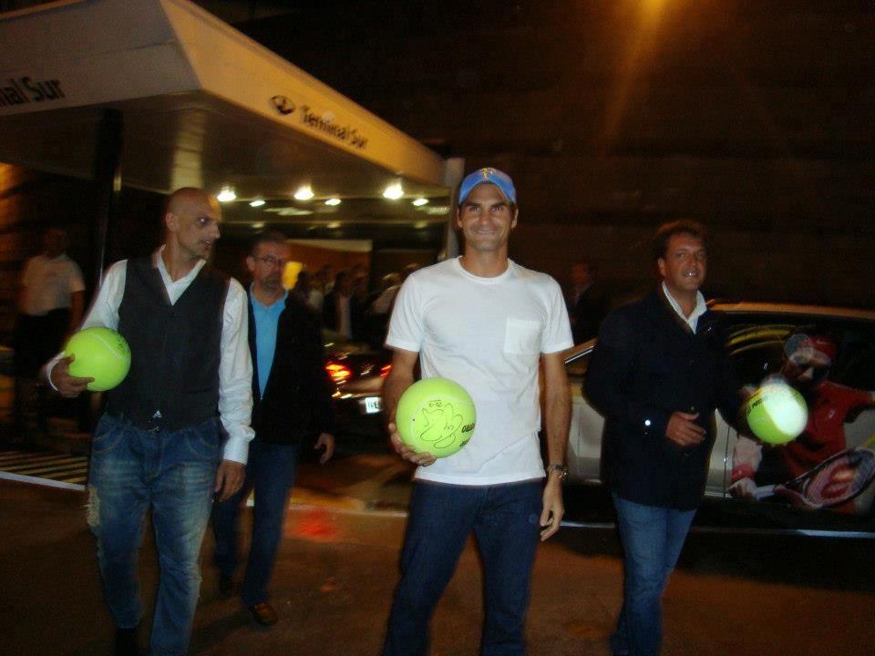 Juan Martín Del Potro vs Roger Federer del 12 al 13 de diciembre de 2012. 399274_482816888428734_1990623994_n