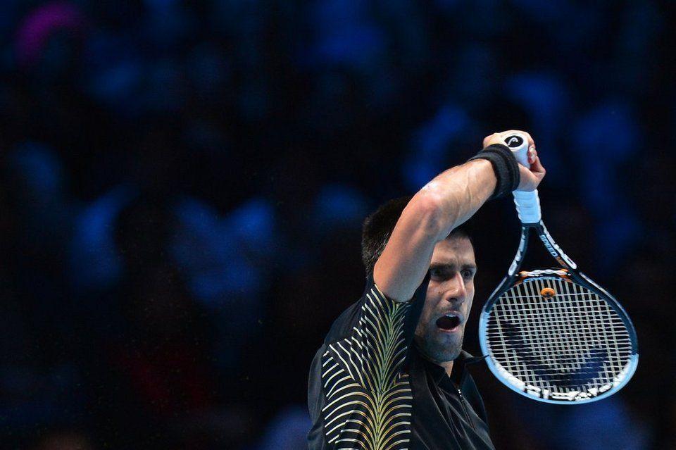 ATP World Tour Finals 2012 (del 5 al 12 de noviembre) - Página 11 Serbia-s-Novak-Djokovic-return_54354441651_54115221152_960_640