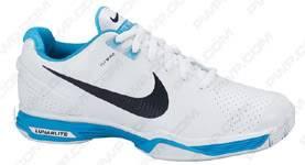 La ondumentaria de Roger Tederer para el AO 2010 Nike-llvt-wdom-09