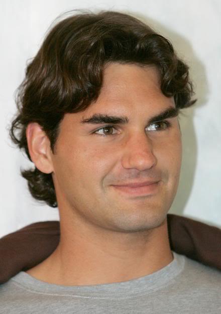 Encuesta foto más sexy:La sonrisa de Roger Ausopen070118unicefpose08