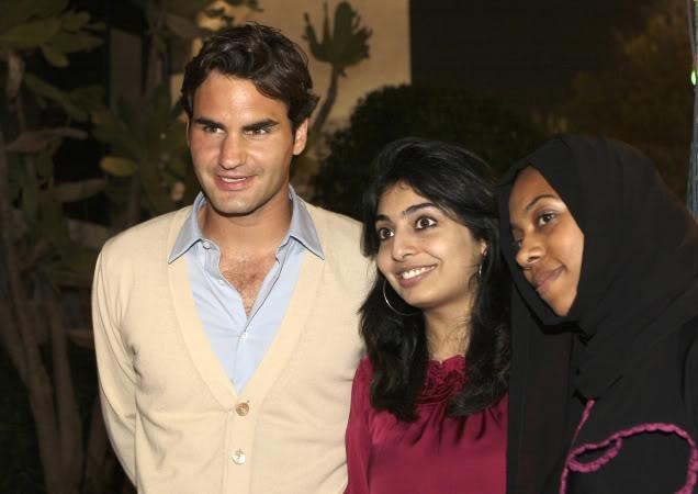 fotos de roger - Página 2 Dubai090224partygrp03