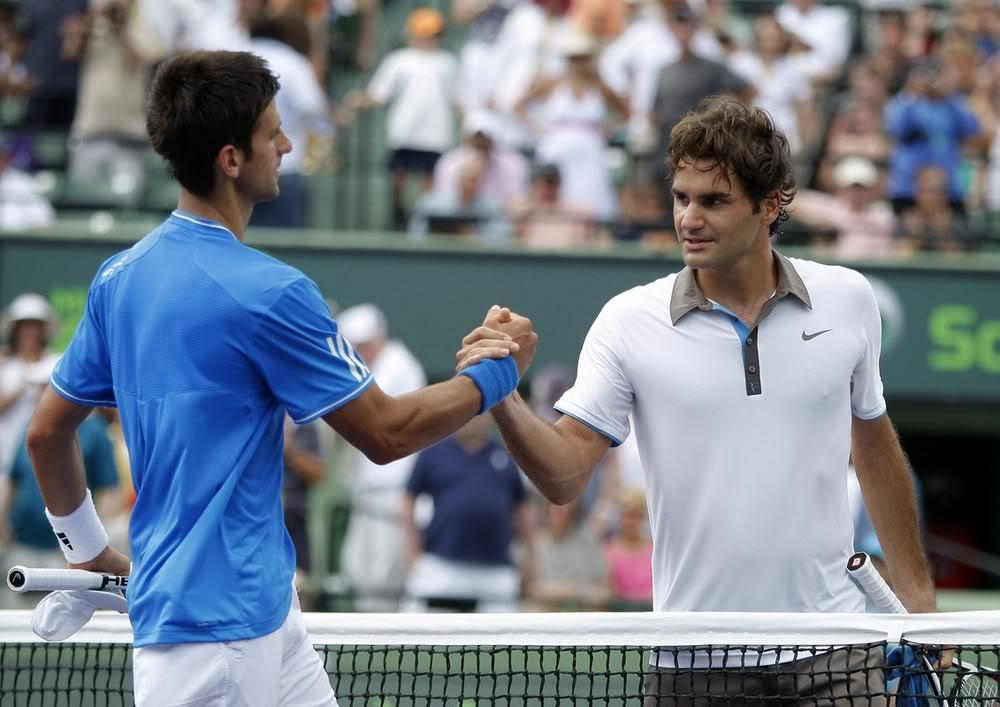 Novak Djokovic y Federer Miami090403sfshnt02