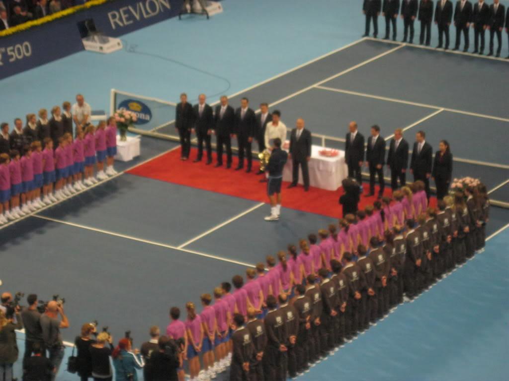 Swiss Indoor Basel 20011, del 31 de Octubre al 6 de Noviembre - Página 2 IMG_1073