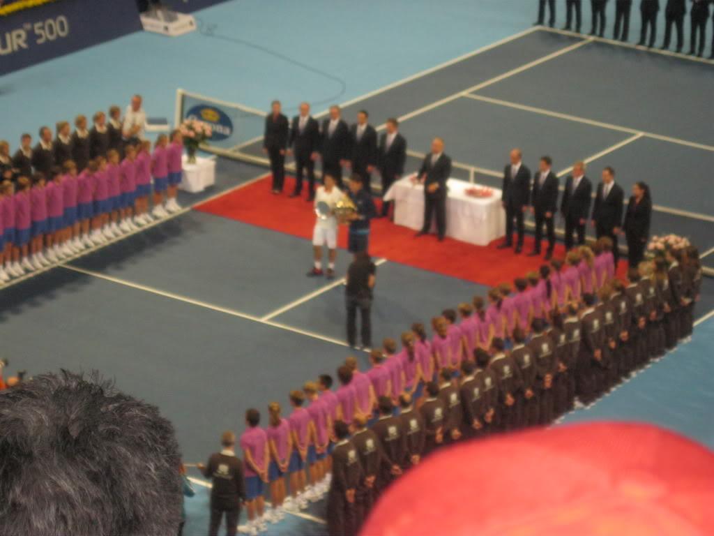 Swiss Indoor Basel 20011, del 31 de Octubre al 6 de Noviembre - Página 2 IMG_1078