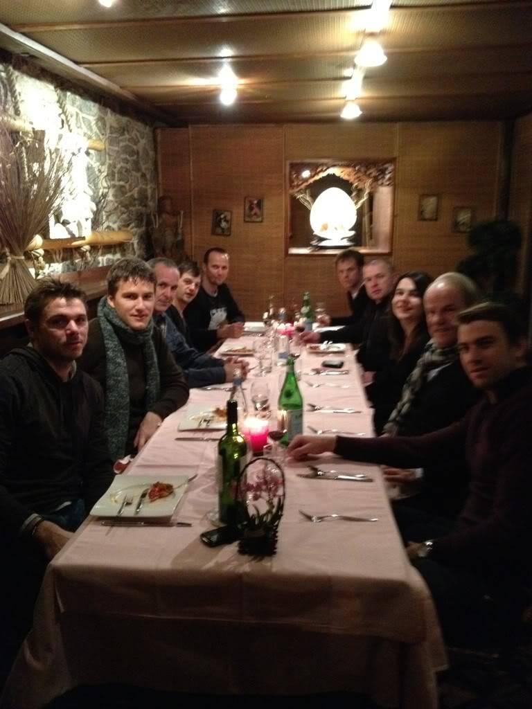 1ª Ronda Suiza Vs EEUU del 10 al 12 De Febrero de 2012 - Página 2 Roger133