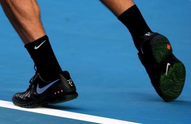Los pies de Roger. Roger737