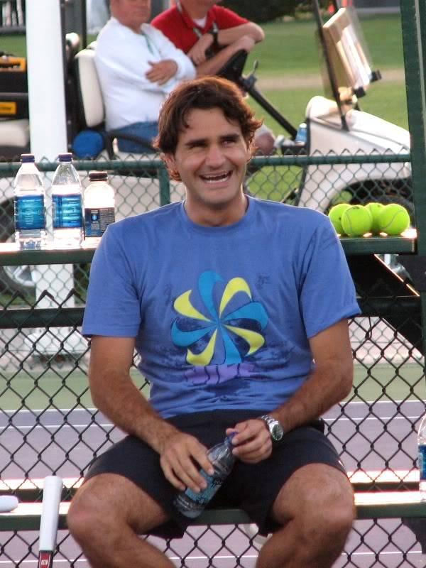 La sonrisa de Roger - Página 6 Roger912
