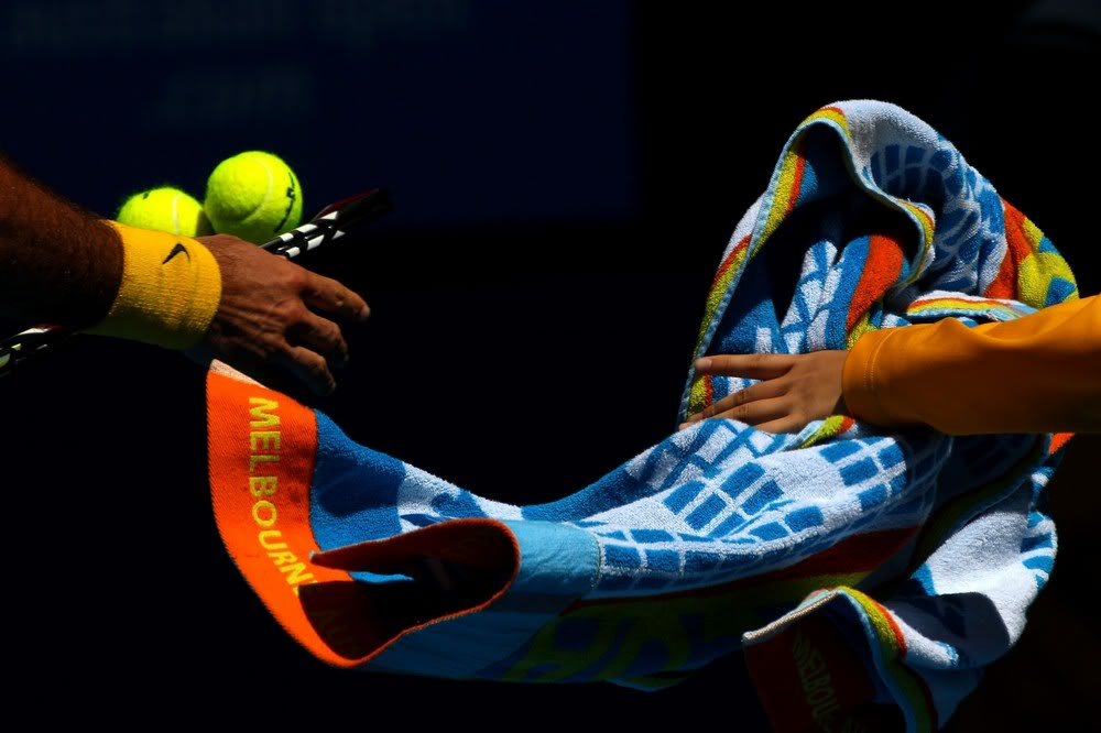 Las manos de Roger. Ausopen110123r16rest08