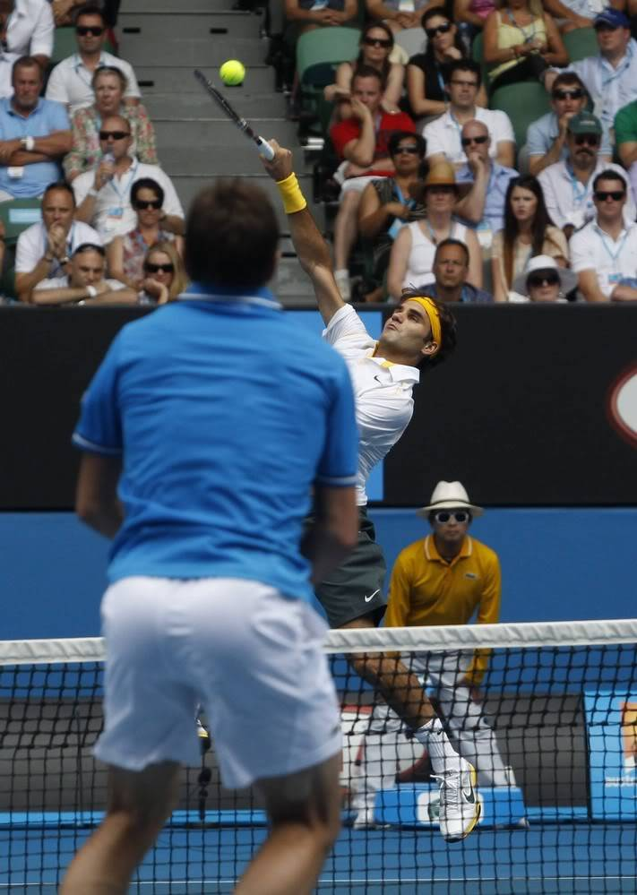 Stanislas Wawrinka y Roger Federer - Página 2 Ausopen110125qfnet02