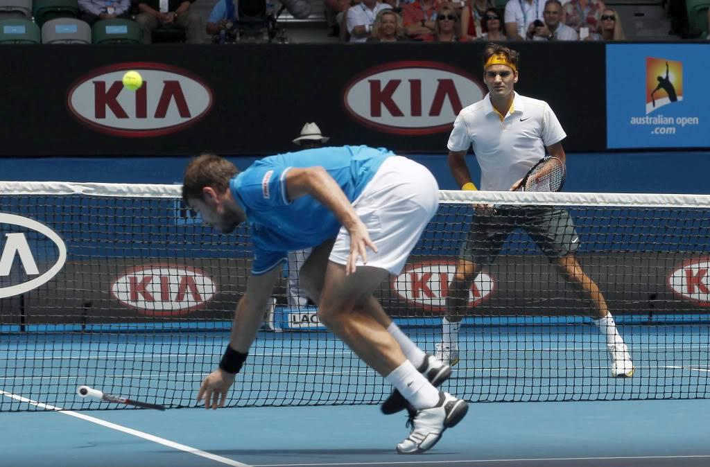 Stanislas Wawrinka y Roger Federer - Página 2 Ausopen110125qfnet03