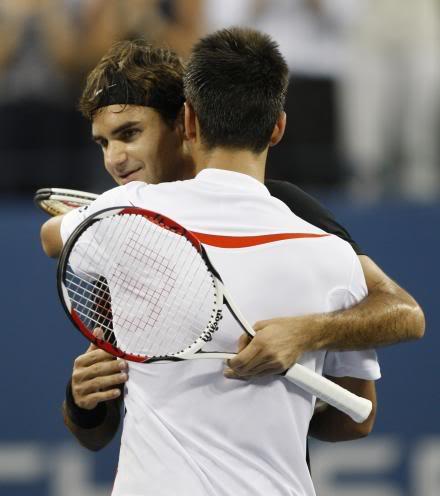 Novak Djokovic y Federer Usopen070909finalshnet06