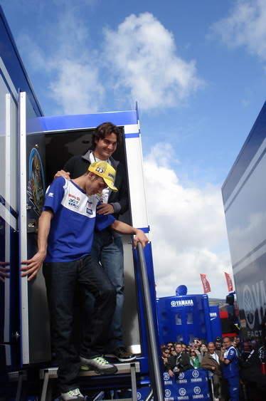 Roger y Valentino Rossi. RogeryValentino