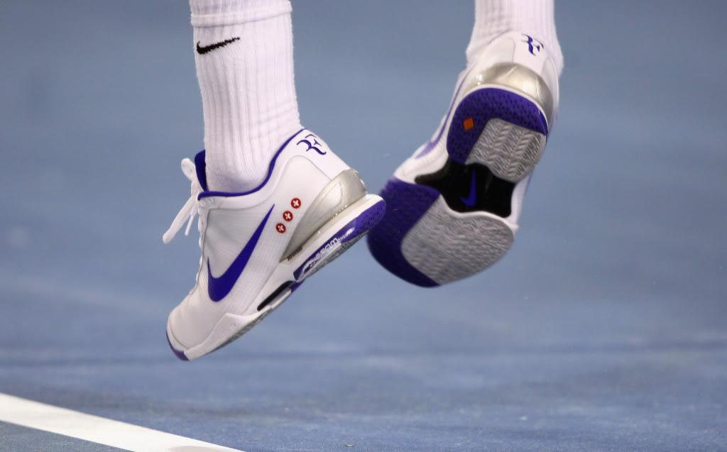 Los pies de Roger. Ausopen090129sfmisc02