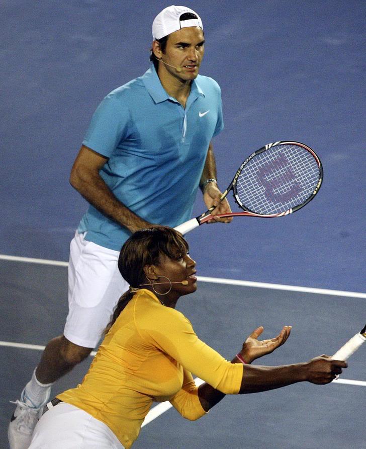 Roger y Serena Williams Ausopen100117haitiserena07