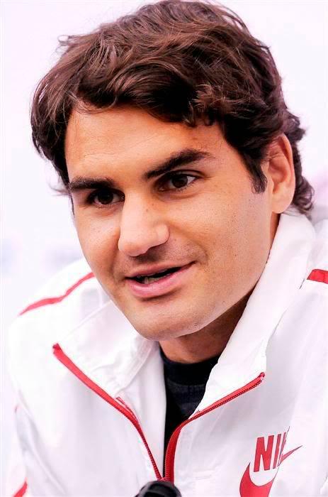 Encuesta foto más sexy:La sonrisa de Roger Doha100104wpress03