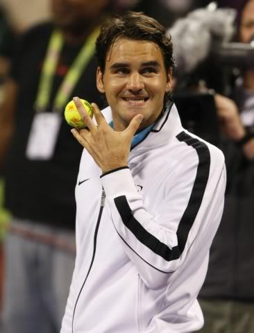 Votemos:¿Cual es la foto más sexy de Roger? - Página 3 Doha100105r32thrw01