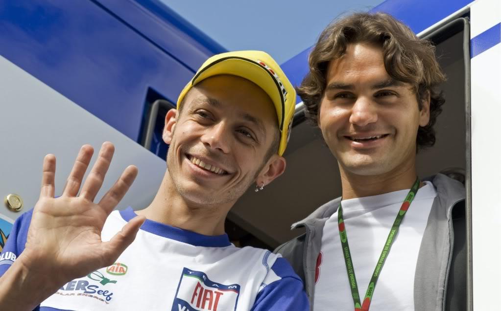 Roger y Valentino Rossi. Estoril080413motogprossi01