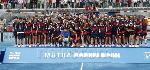 Masters 1000, Madrid 2012 del 7 al 13 de Mayo - Página 17 558585_399238480120952_165795846798551_1154267_1250917536_n