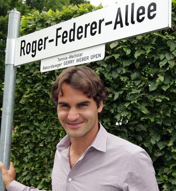 Halle 2012 Text-Roger-Federer-Allee_large