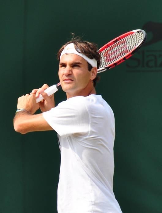GESTOS DE ROGER FEDERER - Página 10 Wimbledon2009-701