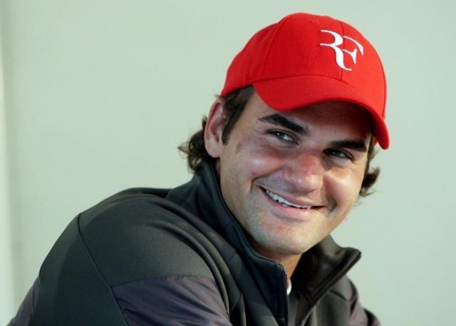 La sonrisa de Roger - Página 15 Rome080504press01