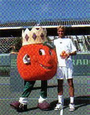 De promesa a leyenda periodo de 1998 al 2003 Orangebowl981220trophy02