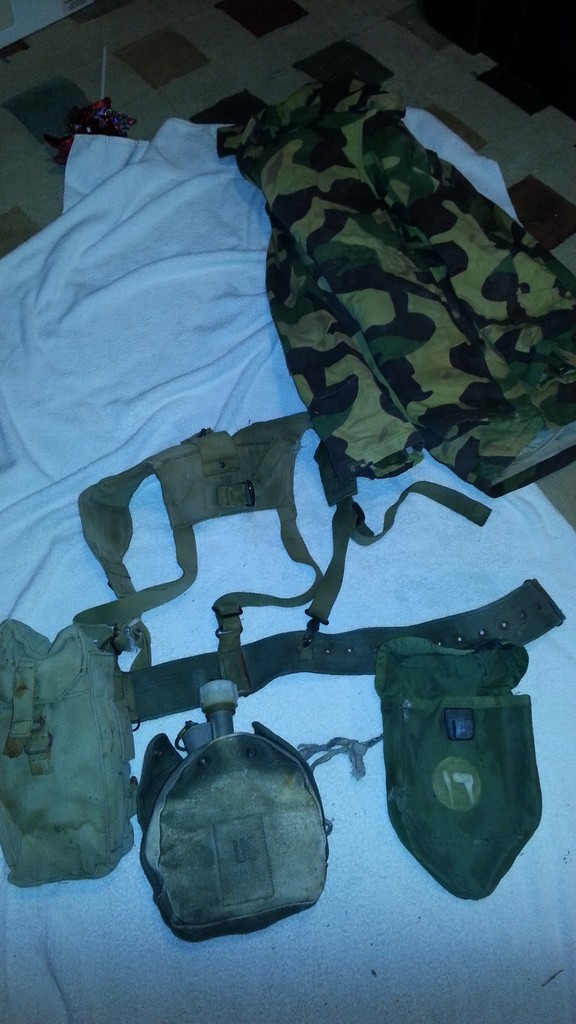 Captured ISIS Field kit and Jacket 20160422_220234